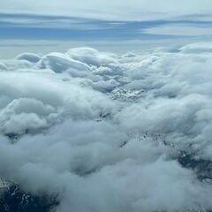 Flugwegposition um 13:56:36: Aufgenommen in der Nähe von Gemeinde Jochberg, 6373 Jochberg, Österreich in 5483 Meter