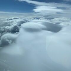 Flugwegposition um 14:10:58: Aufgenommen in der Nähe von Gemeinde Krimml, Österreich in 5619 Meter