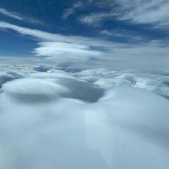 Flugwegposition um 14:11:02: Aufgenommen in der Nähe von Gemeinde Krimml, Österreich in 5613 Meter
