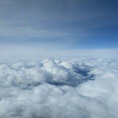 Flugwegposition um 07:29:40: Aufgenommen in der Nähe von Hopfgarten im Brixental, Österreich in 6726 Meter