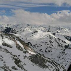 Verortung via Georeferenzierung der Kamera: Aufgenommen in der Nähe von Gemeinde Raggal, Raggal, Österreich in 2400 Meter