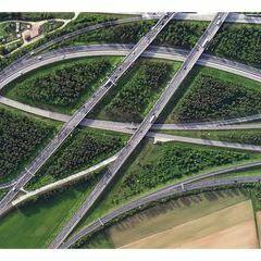 Flugwegposition um 16:10:19: Aufgenommen in der Nähe von Wiener Neustadt, Österreich in 1082 Meter