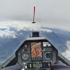 Flugwegposition um 07:58:21: Aufgenommen in der Nähe von Gemeinde Navis, Navis, Österreich in 3960 Meter
