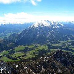Flugwegposition um 12:02:09: Aufgenommen in der Nähe von Stainach-Pürgg, Österreich in 2256 Meter