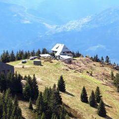 Flugwegposition um 13:10:39: Aufgenommen in der Nähe von Gemeinde Pernegg an der Mur, Österreich in 1692 Meter