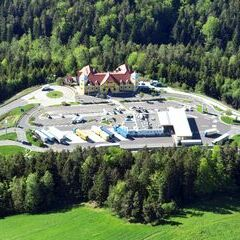 Flugwegposition um 14:59:59: Aufgenommen in der Nähe von Thomasberg, Österreich in 1204 Meter