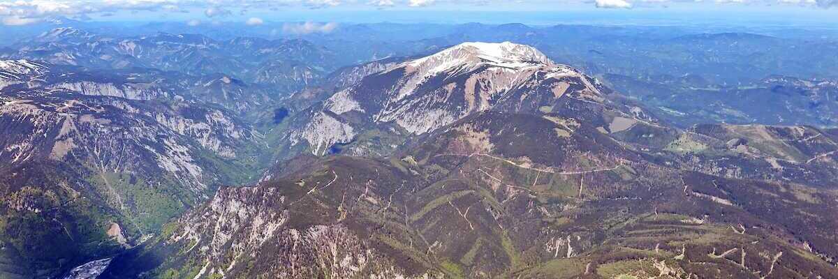 Flugwegposition um 09:46:10: Aufgenommen in der Nähe von Gemeinde Payerbach, Österreich in 2786 Meter