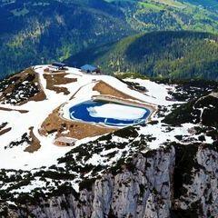 Flugwegposition um 13:36:50: Aufgenommen in der Nähe von Gemeinde Waidring, 6384 Waidring, Österreich in 2080 Meter