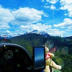 Flugwegposition um 11:05:53: Aufgenommen in der Nähe von Gemeinde Kirchdorf in Tirol, Österreich in 1127 Meter