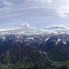 Flugwegposition um 14:19:37: Aufgenommen in der Nähe von 33018 Tarvis, Udine, Italien in 2044 Meter
