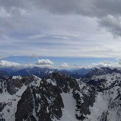 Flugwegposition um 14:57:19: Aufgenommen in der Nähe von Gemeinde Hermagor-Pressegger See, Österreich in 2336 Meter