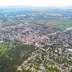 Flugwegposition um 13:01:13: Aufgenommen in der Nähe von Gemeinde Baden, 2500 Baden, Österreich in 1143 Meter