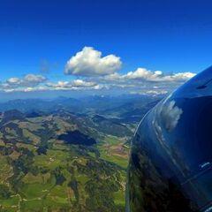 Flugwegposition um 14:08:21: Aufgenommen in der Nähe von Gemeinde Niederndorf, Niederndorf bei Kufstein, Österreich in 2276 Meter