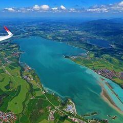 Flugwegposition um 12:57:10: Aufgenommen in der Nähe von Ostallgäu, Deutschland in 2182 Meter