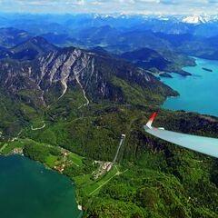 Flugwegposition um 12:30:50: Aufgenommen in der Nähe von Bad Tölz-Wolfratshausen, Deutschland in 2065 Meter