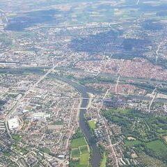 Verortung via Georeferenzierung der Kamera: Aufgenommen in der Nähe von Kreisfreie Stadt Regensburg, Regensburg, Deutschland in 1900 Meter