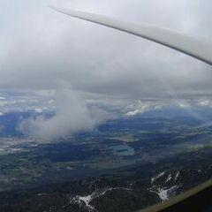 Flugwegposition um 10:35:59: Aufgenommen in der Nähe von Municipality of Kranjska Gora, Slowenien in 2027 Meter