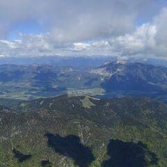 Flugwegposition um 11:18:50: Aufgenommen in der Nähe von 33010 Malborghetto Valbruna, Udine, Italien in 2434 Meter