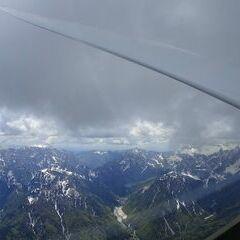 Flugwegposition um 11:18:52: Aufgenommen in der Nähe von 33010 Malborghetto Valbruna, Udine, Italien in 2438 Meter