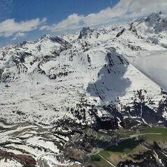 Flugwegposition um 13:13:27: Aufgenommen in der Nähe von Gemeinde Lech, Lech, Österreich in 2709 Meter