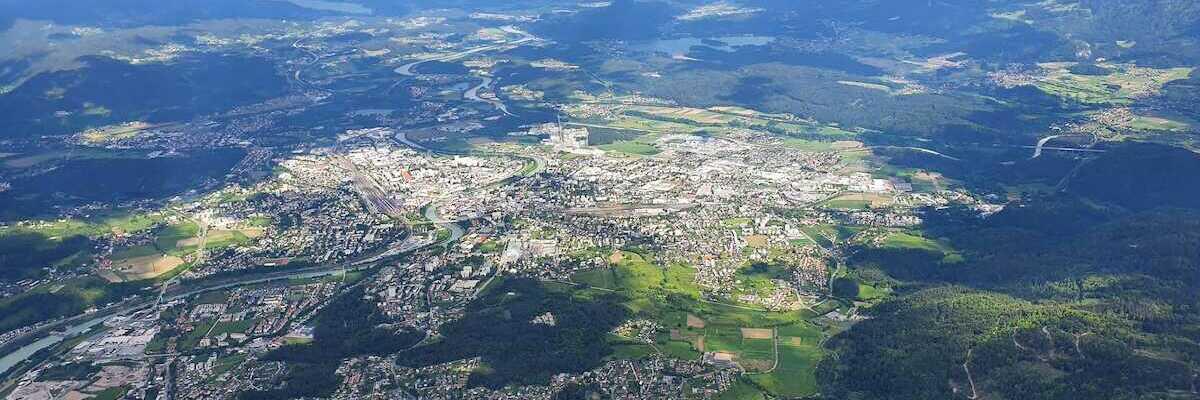 Flugwegposition um 14:16:17: Aufgenommen in der Nähe von Villach, Österreich in 2226 Meter