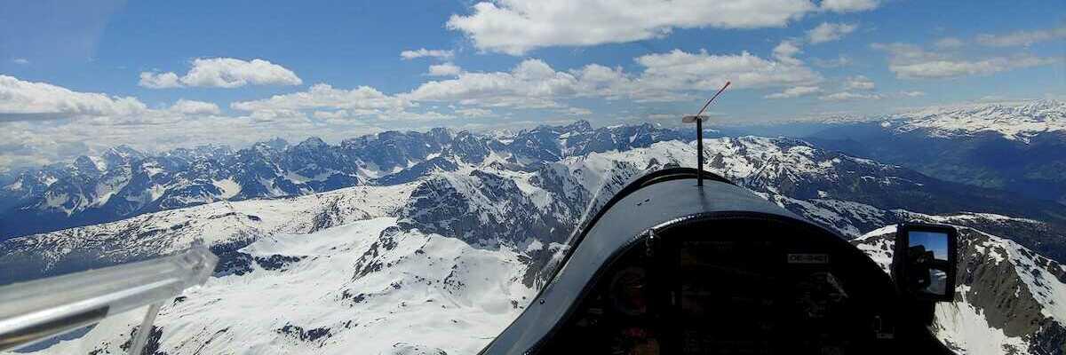 Verortung via Georeferenzierung der Kamera: Aufgenommen in der Nähe von Gemeinde Obertilliach, 9942 Obertilliach, Österreich in 3000 Meter