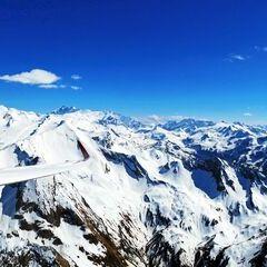 Flugwegposition um 14:18:56: Aufgenommen in der Nähe von Gemeinde Piesendorf, 5721 Piesendorf, Österreich in 3012 Meter
