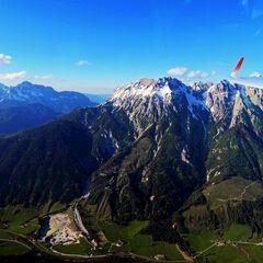 Flugwegposition um 16:28:52: Aufgenommen in der Nähe von Gemeinde Leogang, 5771 Leogang, Österreich in 2198 Meter