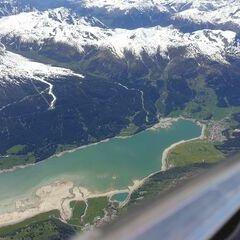 Flugwegposition um 13:04:18: Aufgenommen in der Nähe von 39027 Graun im Vinschgau, Südtirol, Italien in 3905 Meter