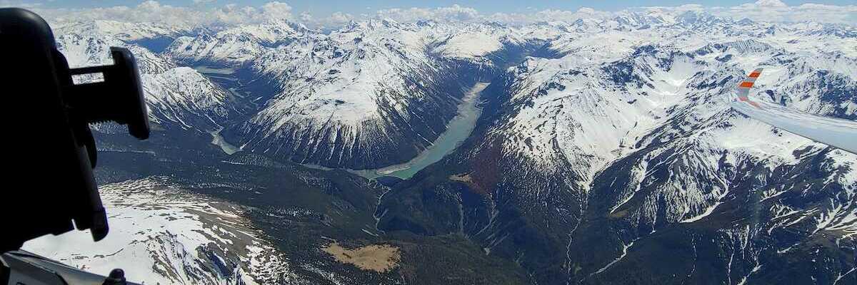 Flugwegposition um 13:11:36: Aufgenommen in der Nähe von Bezirk Inn, Schweiz in 3503 Meter