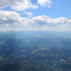 Flugwegposition um 12:57:44: Aufgenommen in der Nähe von Erzgebirgskreis, Deutschland in 1623 Meter