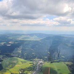 Flugwegposition um 13:14:05: Aufgenommen in der Nähe von Erzgebirgskreis, Deutschland in 1769 Meter