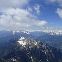 Flugwegposition um 12:33:25: Aufgenommen in der Nähe von Gemeinde Kötschach-Mauthen, Österreich in 2877 Meter