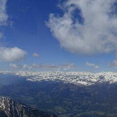 Flugwegposition um 12:33:37: Aufgenommen in der Nähe von Gemeinde Kötschach-Mauthen, Österreich in 2922 Meter