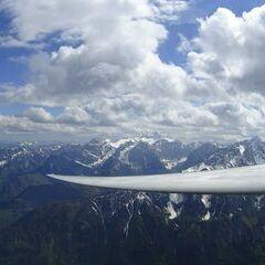 Flugwegposition um 14:09:48: Aufgenommen in der Nähe von Jesenice, Slowenien in 2520 Meter