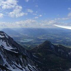 Flugwegposition um 14:39:08: Aufgenommen in der Nähe von Municipality of Kranjska Gora, Slowenien in 2533 Meter