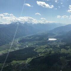 Flugwegposition um 14:59:28: Aufgenommen in der Nähe von Gemeinde Nötsch im Gailtal, Österreich in 1624 Meter