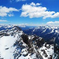 Flugwegposition um 10:22:35: Aufgenommen in der Nähe von Gemeinde Waidring, 6384 Waidring, Österreich in 2537 Meter