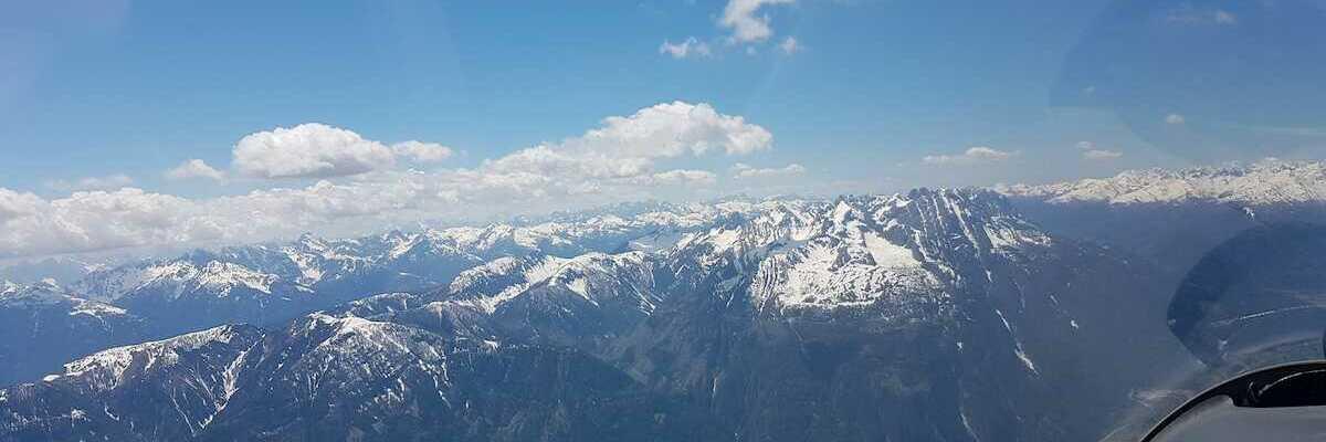 Flugwegposition um 12:00:32: Aufgenommen in der Nähe von Gemeinde Irschen, Österreich in 2760 Meter