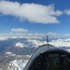 Flugwegposition um 13:24:42: Aufgenommen in der Nähe von 39024 Mals, Südtirol, Italien in 3800 Meter