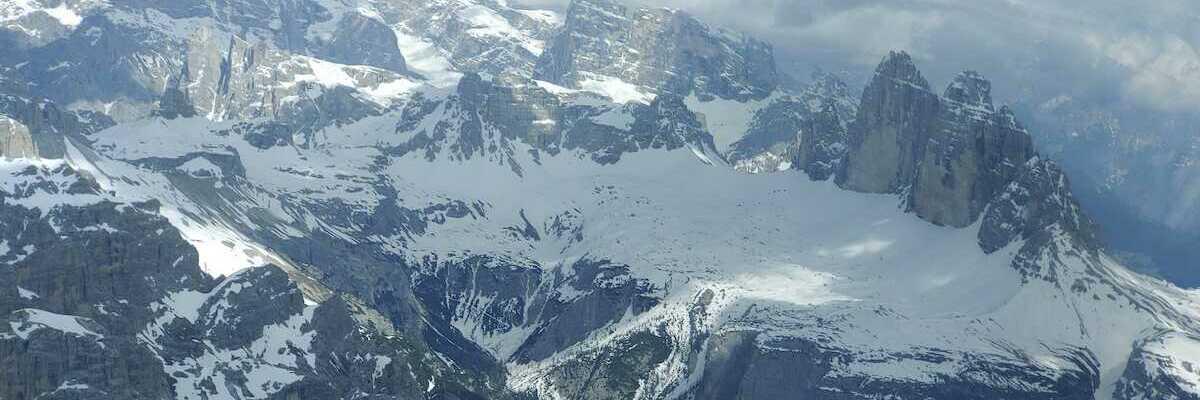 Flugwegposition um 14:15:31: Aufgenommen in der Nähe von 39034 Toblach, Südtirol, Italien in 2968 Meter