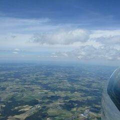 Flugwegposition um 11:58:49: Aufgenommen in der Nähe von Gemeinde Hörbich, Hörbich, Österreich in 2046 Meter