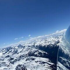 Flugwegposition um 12:22:14: Aufgenommen in der Nähe von Gemeinde Pettneu am Arlberg, Österreich in 3230 Meter