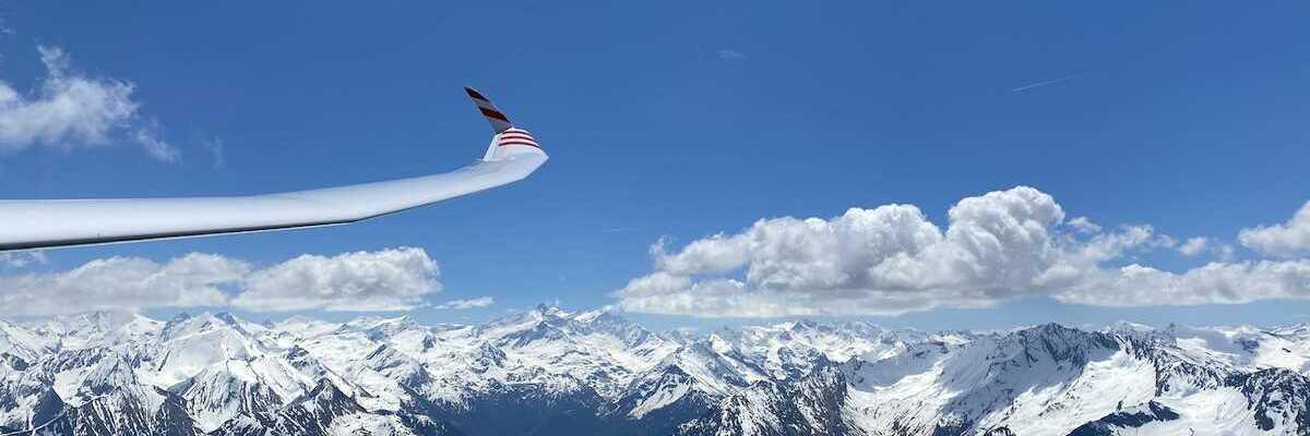 Flugwegposition um 10:44:21: Aufgenommen in der Nähe von Gemeinde Stuhlfelden, Stuhlfelden, Österreich in 2540 Meter