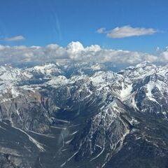 Flugwegposition um 13:29:48: Aufgenommen in der Nähe von 39030 Enneberg, Südtirol, Italien in 3523 Meter