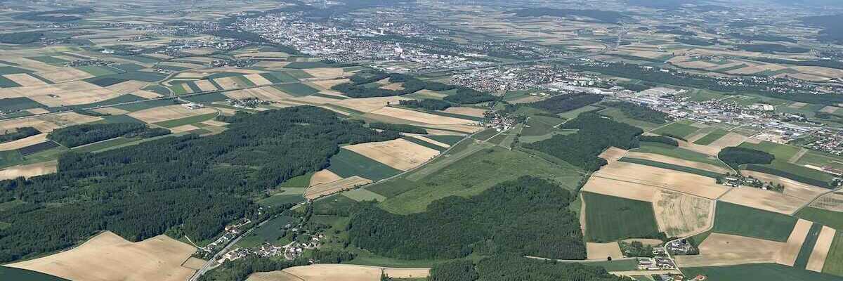 Flugwegposition um 14:28:18: Aufgenommen in der Nähe von Gemeinde Ober-Grafendorf, 3200 Ober-Grafendorf, Österreich in 1101 Meter