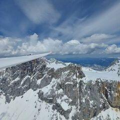 Flugwegposition um 10:59:55: Aufgenommen in der Nähe von Gemeinde Ramsau am Dachstein, 8972, Österreich in 2857 Meter