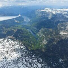 Flugwegposition um 11:21:02: Aufgenommen in der Nähe von Gemeinde Grundlsee, 8993, Österreich in 2682 Meter