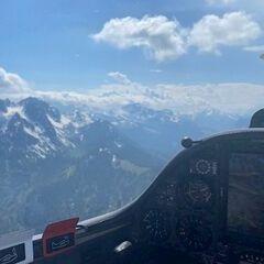 Flugwegposition um 13:29:27: Aufgenommen in der Nähe von Gemeinde Hermagor-Pressegger See, Österreich in 1946 Meter