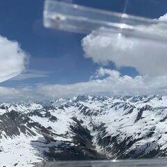 Flugwegposition um 10:08:40: Aufgenommen in der Nähe von Gemeinde Gashurn, Gaschurn, Österreich in 2677 Meter
